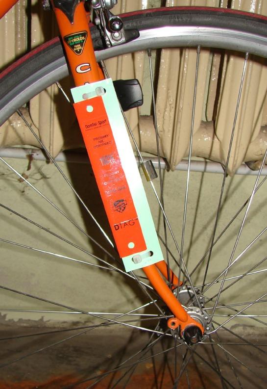 jak zamontować chip na rowerze